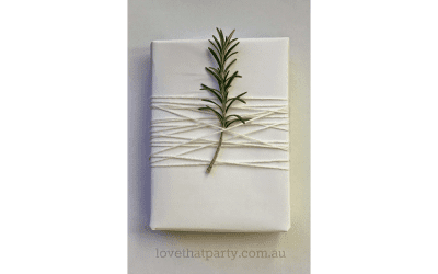 How to Wrap the Perfect Present – Tips from Julie Hook
