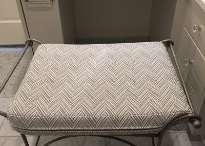 Vanity chair with a soft beige pattern